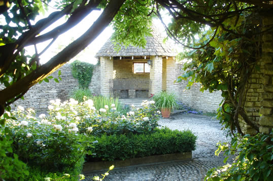 Winkworth Farm, green venue for weddings and corporate events